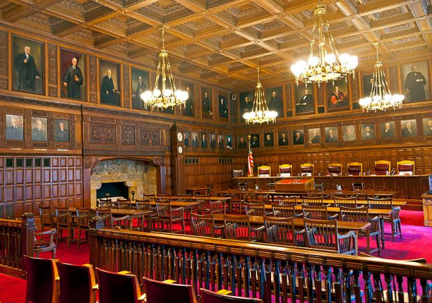 Courtroom_of_the_New_York_Court_of_Appeals